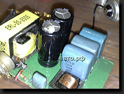 инвертор 12-220 Вольт на 100 ватт фото