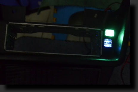 Светит в темноте. зеленый цвет Фото 1