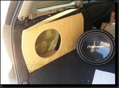 сабвуфера-стелса в багажник