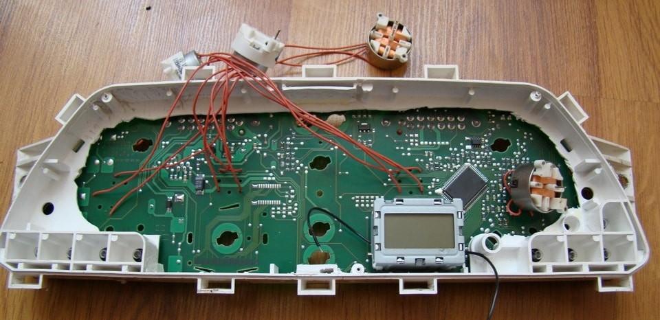 Сделать панель приборов жк своими руками 3