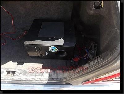 DSCN3114 400x303 - Усилитель от домашнего кинотеатра в машину